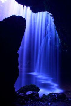 Nabegataki Falls, Kumamoto, Japan                                                                                                                                                                                 More