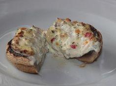 Grillbeilagen sind bei einem ordentlichen Grillabend nicht zu unterschätzen. Eine einfache und schnelle Grillbeilage - gefüllte Champignons mit Frischkäse.