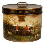 Equestrian… Cumberland Hunt Hat Box Furniture & Accents - Foxhunting Decor - By Jeanne Reed at Horse and Hound Gallery Equestrian Decor, Equestrian Style, English Country Decor, Country Style, Fox Hunting, Hat Boxes, Pretty Box, Vintage Tins, Tole Painting