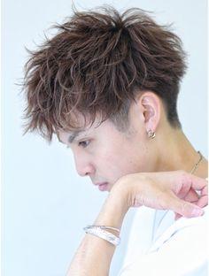 リップス 吉祥寺店 (LIPPS) 無造作刈り上げマッシュ Mens Haircuts Short Hair, Undercut Hairstyles, Boy Hairstyles, Straight Hairstyles, Messy Short Hair, Short Hair Cuts, Hair Designs For Men, Hair Arrange, Grunge Hair