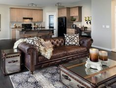 Genial Use Lots Of Pillows (large) And Throws To Break Up Black Leather Sofa