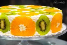 Cake with fruit and biscuits Cake Topper Tutorial, Cake Toppers, Romanian Food, No Cook Desserts, Pie Dessert, Cake Art, Cake Recipes, Cheesecake, Food And Drink