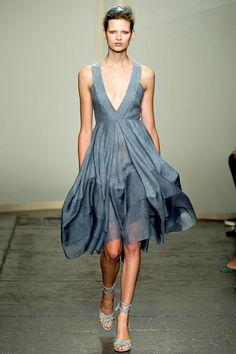 Donna Karan - Summer wavey dress