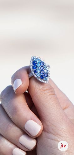 Beautiful Boho Jewelry selected just for you Cute Jewelry, Boho Jewelry, Gemstone Jewelry, Jewelry Box, Jewelery, Jewelry Accessories, Vintage Jewelry, Jewelry Design, Jewelry Making