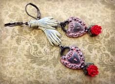 Sweet hand painted Valentines Day earrings vintage by lilruby, $26.00