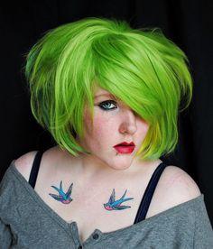 Gorgeous green hair