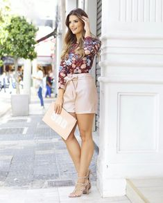 6,117 отметок «Нравится», 31 комментариев — Blog Trend Alert (@arianecanovas) в Instagram: «Começando minhas escolhas @kaelecollection 💗 Short de couro com um leve brilho e blusa justinha…»