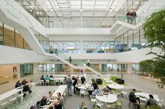 Industrieel pand omgetoverd tot kantooromgeving - architectenweb.nl