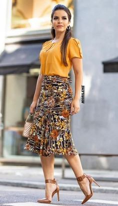 55 Ideas for moda evangelica vestidos executiva Modest Fashion, Trendy Fashion, Plus Size Fashion, Fashion Dresses, Womens Fashion, Church Outfits, Living At Home, Look Chic, African Dress