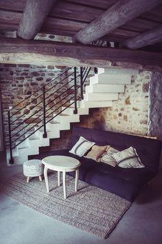 Hazai Provence Vendégház, Kapolcs | Galerie Loft - a galériás apartmanunk Outdoor Furniture, Outdoor Decor, Provence, Sun Lounger, Stairs, Loft, House Design, Inspiration, Home Decor