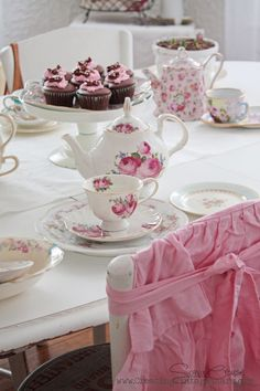 Tea and Cupcakes. Tea Sandwiches, Cupcakes, My Cup Of Tea, Rose Cottage, Tea Roses, Pink Roses, Vintage Tea, High Tea, Drinking Tea