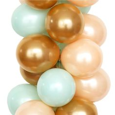 Luft Balloon's CALIFORNIA palette includes pearly gold, mint and peach. Balloons perfect for California chic bridal shower, baby shower or wedding.