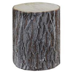 Decoratie boomstam middel. Een decoratieve boomstam die buiten naar binnen brengt. #intratuin #Pintratuin