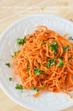 Baked Spiralized Sweet Potato Fries with Garlic and Parsley-- another wonderful #HandHeldSpiralizer recipe! Thanks to @KnowYourProduce!