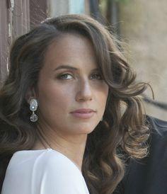 Dream earrings. #doricsengeri #earrings #bridal #jewelry #Accessories #Wedding #Whiteearrings #WeddingEarrings