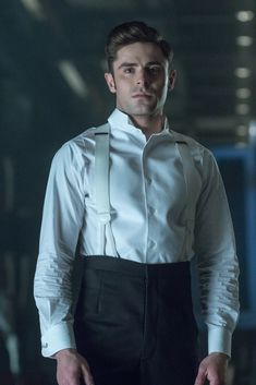 "Zac Efron / Philip Carlyle in ""The Greatest Showman"" The Greatest Showman, Sherlock Holmes, Jurassic World, Showman Movie, Troy Bolton, Liam Hemsworth, High School Musical, Baby Driver, Taylor Lautner"
