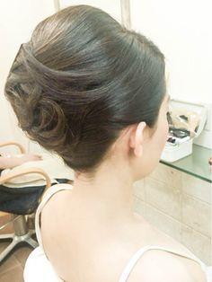 Hair Arrange, Hair Reference, Super Long Hair, Bride Hairstyles, Hair Dos, Salons, Hair Beauty, Long Hair Styles, Model