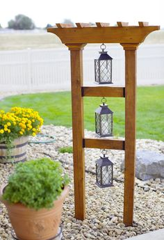 """As I was looking at ideas for our backyard landscaping project, I stumbled across this """"botanical tower"""" idea. Small Front Yard Landscaping, Front Yard Design, Backyard Landscaping, Small Pergola, Modern Pergola, Pergola Patio, Landscaping Ideas, Diy Patio, Garden Deco"""