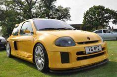 Saffron Yellow Clio V6 230 Trophy Rep