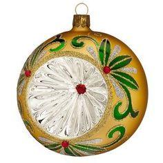 Waterford Blown Glass 2012 Matte Gold Scroll Reflector Ball Ornament Brand NEW Christmas Balls, Christmas Ornaments, Hallmark Ornaments, Ball Ornaments, Beautiful Gifts, Wedgwood, Matte Gold, Christmas Traditions, Beautiful Christmas