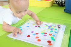 Polka Dot Sensory Bag for Babies - Mama. Baby Sensory Bags, Baby Sensory Classes, Baby Sensory Play, Baby Play, Activities For 1 Year Olds, Art Activities For Toddlers, Baby Activities, Sensory Games, Sensory Motor
