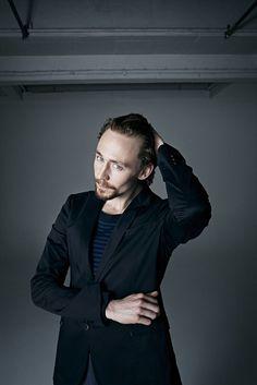 Tom_Hiddleston_by_David_Venni_8.jpg