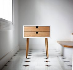Created by Habitables 'White nightstand / Bedside Table Scandinavian Mid-Century Modern Retro Style with 1 or 2 drawers and legs made of oak wood' Wood Furniture, Modern Furniture, Furniture Design, Furniture Storage, Lacquer Furniture, Minimalist Furniture, Furniture Online, Bedroom Storage, Bedroom Furniture