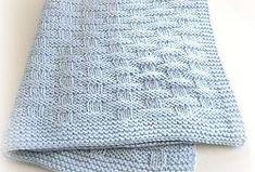"""Negli ultimi mesi mi sono stati richiesti tantissimi Tutorial per realizzare copertine da culla, ecco il perché di questo Post """"riassuntivo"""" che vuole essere un """"ripasso"""" di quel che è disponibile, in materia, sul mio Blog co Knitted Baby Blankets, Baby Blanket Crochet, Crochet Baby, Knit Crochet, Baby Knitting Patterns, Baby Patterns, Crochet Patterns, Shabby Chic Homes, Free Baby Stuff"""
