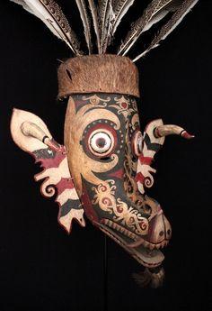 Oceanic Masks - Dayak Borneo Indonesian Art, Cool Masks, Medieval Armor, Japanese Prints, Ocean Art, Body Mask, Borneo, Tribal Art, Deities