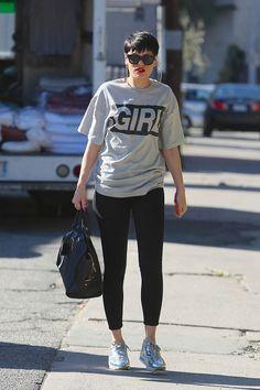 Girrrrrlllll, ¡no te pierdas la moda de las camisetas con mensajes! #TrendAlert