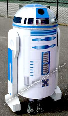Homemade R2D2 Costume: Long ago in a galaxy far, far away, a dad once said to his boy, son, would you like daddy to make you an R2D2 costume for Halloween? to which the boy replied,