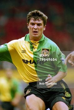 Foto di attualità : circa 1994 FA Carling Premiership Roy Keane...
