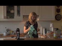 """A1 Video """"Anna bekommt Besuch"""" in drei Schritten: 1. Hören 2. Hören und lesen 3. Karaoke."""