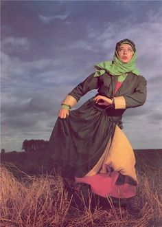 """Kate Bush - """"This Woman's Work"""", """"Running Up That Hill"""""""