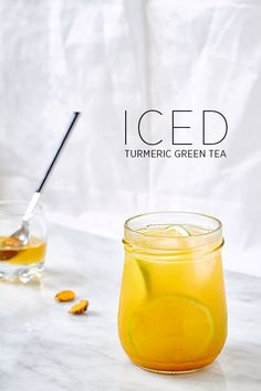 Skip the drinks with yucky artificial ingredients, and make this surprisingly delicate turmeric-green tea version at home! : Skip the drinks with yucky artificial ingredients, and make this surprisingly delicate turmeric-green tea version at home! Turmeric Green Tea Recipe, Turmeric Recipes, Turmeric Root, Ice Green Tea Recipe, Turmeric Curcumin, Green Tea Recipes, Iced Tea Recipes, Cooking Tips, Detox Drinks