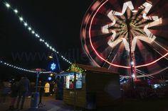 Beweging fotograferen. Dat lijkt niet voor de hand te liggen. Maar met een lange sluitertijd en in het donker kan dat best. In Breda tijdens Winterland voldoende mogelijkheden om te oefenen. #breda #winterland #sr16 #glazenhuis #fotografie #willemlaros.nl #fb