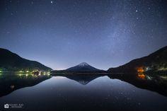 Fujikawaguchiko-machi, yamanashi-ken, Japanで撮影された精進湖の写真 精進湖の夜 : パシャデリック