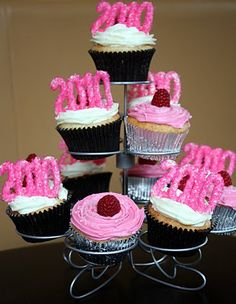 Erica's Sweet Tooth » Champagne Cupcakes