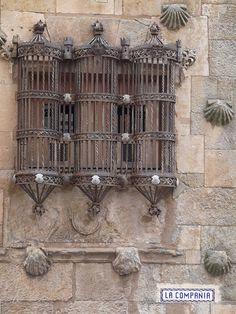 iron window grille on Casa de las Conchas, Salamanca