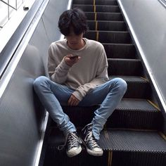 boy, asian, and ulzzang image Boys Korean, Korean Boys Ulzzang, Ulzzang Boy, Asian Boys, Asian Men, Ulzzang Couple, Korean Aesthetic, Aesthetic Boy, Asian Fashion