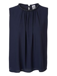 Dark blue top from VERO MODA. Wear this with a pair of dark blue jeans.