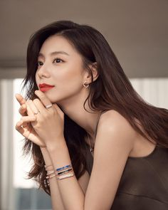 Park Soo-jin Korean Actresses, Actors & Actresses, Park Soo Jin, Asian Celebrities, Biker Girl, Girl Pictures, Asian Beauty, Pretty Girls, Hairstyle