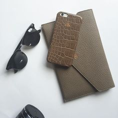 S14 ipad mini clutch mink calfskin S6 genuine crocodile skin mink  #luxury #accessories #unisex #leathergoods #leatheraccessories #ipadmini #ipadclutch #envelopeipadcase #iphonecase #iphonecover #iphonekapak #iphonekılıf #crocodile #mink #gercektimsahderisi #deriaksesuarlar #serapaktugleathergoods #basedinistanbul