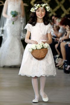 2d0e03183 136 Best Flowergirls images | Bridal gowns, Flower girl gown, Girls ...