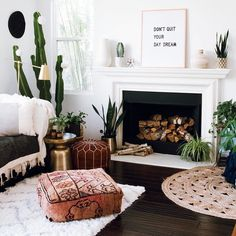 From your living room to your kitchen, office, bathroom, or bedroom, our letter boards don't discriminate. In fact, they feel quite lucky to be a part of these dreamy interiors. Swipe left for some letter board inspo for every room of your house.