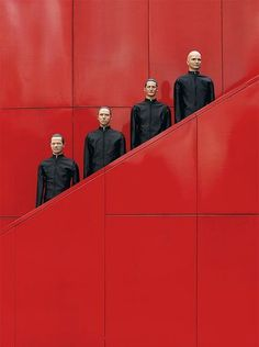 Just because Kraftwerk invents electronic music. Group Photography, Artistic Photography, Fashion Photography, Photography Music, Photography Ideas, Florian Schneider, Band Wallpapers, Foto Instagram, Band Photos