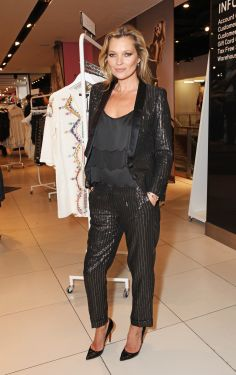 Kate Moss rocks the bedhead look // #beauty #hair