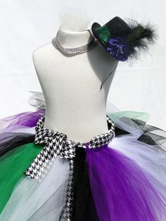 Mad Hatter Tutu Costume---been looking for inspiration for a tutu costume that's not too childish, I think I just found something!