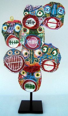 Pop cans, acrylic paint, puffy paint! Maybe yarn instead of puffy paint Sculpture Lessons, Sculpture Projects, Sculpture Art, Classe D'art, Soda Can Art, Recycled Art Projects, Recycled Materials, Puffy Paint, Pop Cans