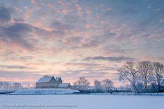 Ezinge in winter before sunrise - Landscape Photography | Ron ter Burg.